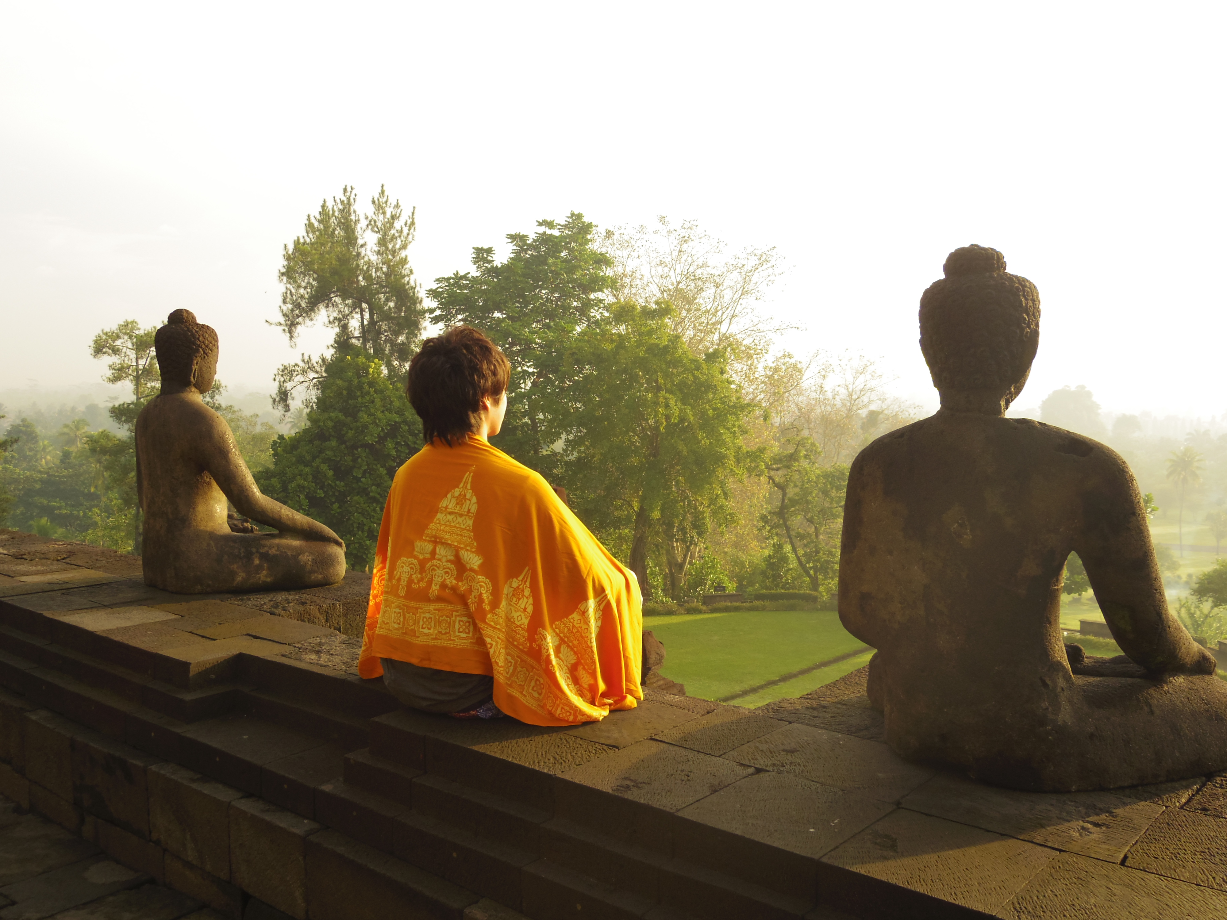 仏像とヨガ
